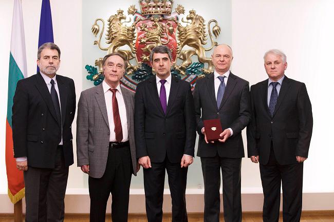 Une haute distinction d'Etat pour le Professeur Konstantin Katzarov